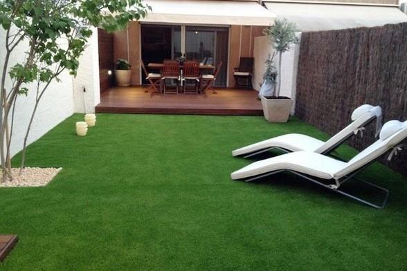 Decoración de hogar con grama